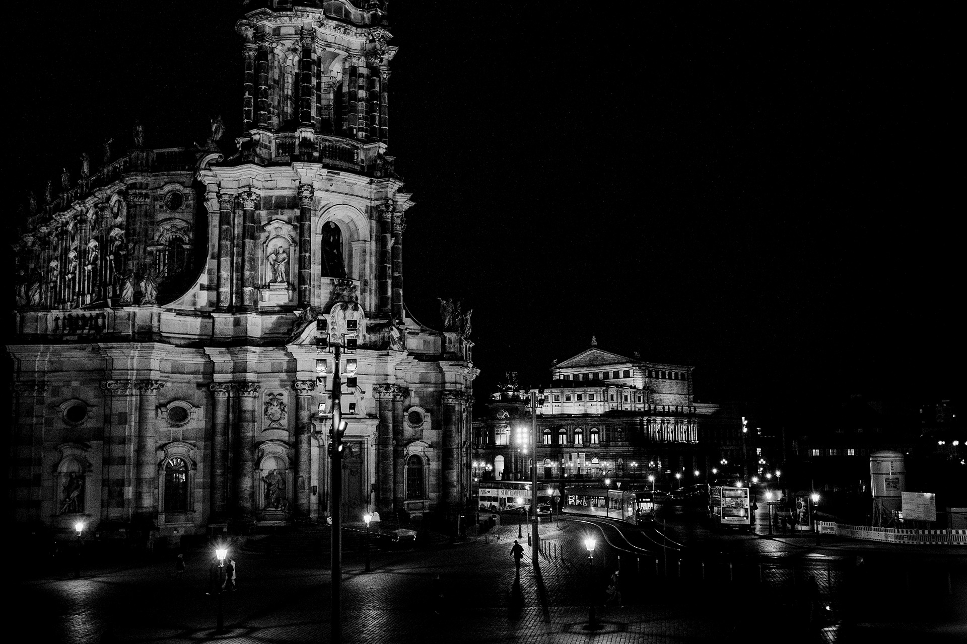 Die Katholische Hofkirche Dresden