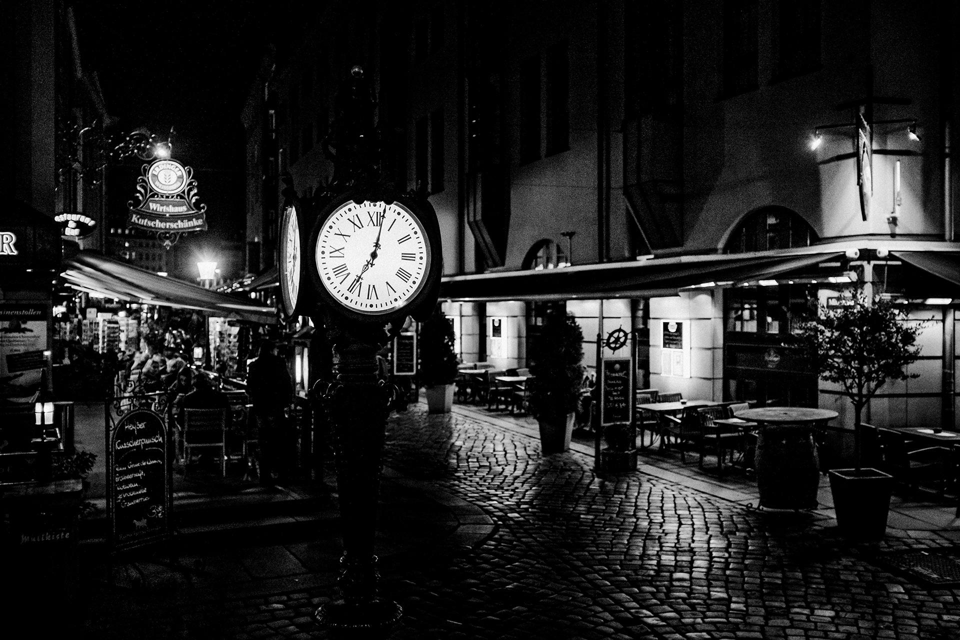 Römische Uhr